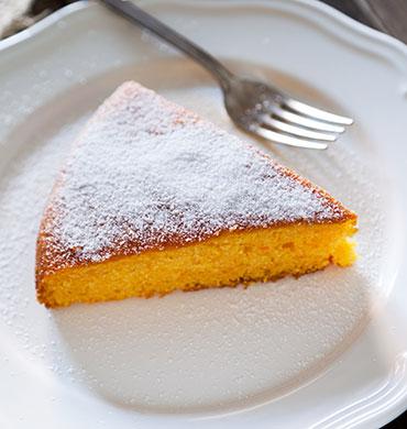 torta-di-carote-e-mandorle-zoom